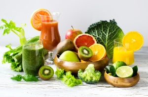 Fresh healthy detox smoothie and juice with fruits and vegetables